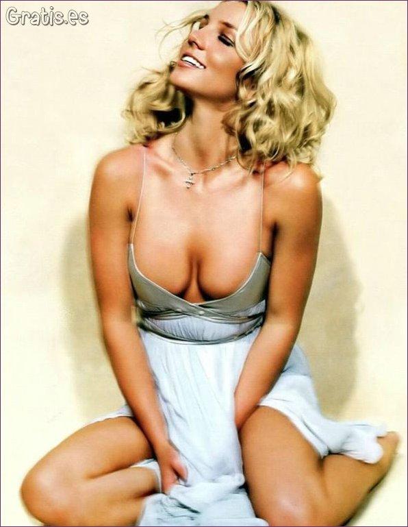 FOTOS: Britney Spears enseña de más con atrevidas